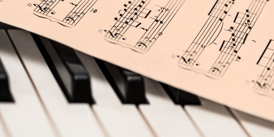 Buy a Piano and Self-Teach or Get Lessons Right Away?